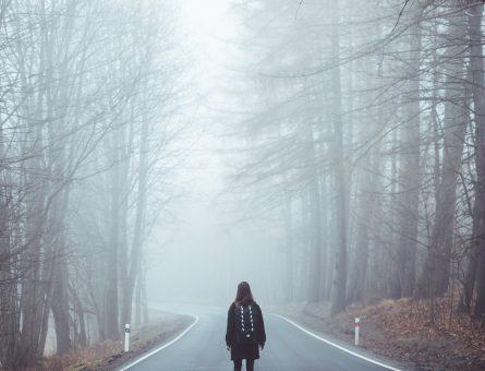 Frica nu este o iluzie. Ea există. Nu te mai minți-1.